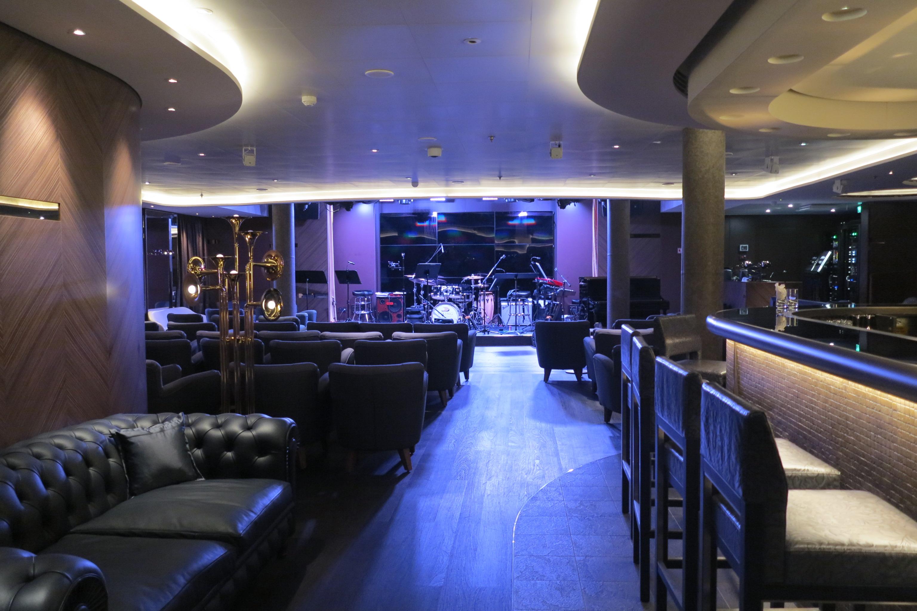Night venue: Torshavn hosts live music